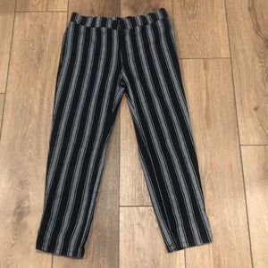 super cute lightweight black and white girls pants